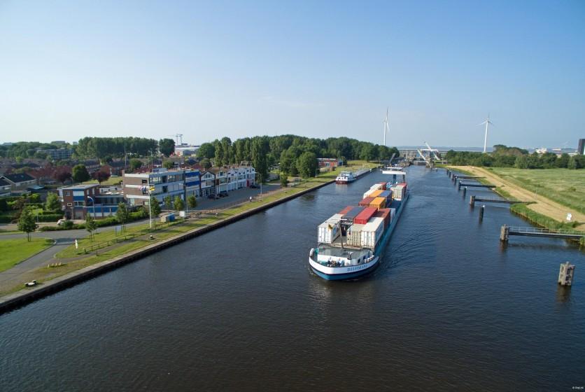 Delftrans Eemskanaal 3 Shiplink.nl