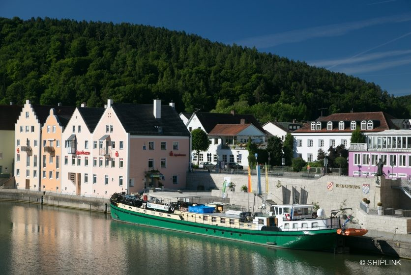 LaBelleFleur moored in Riednburg 1